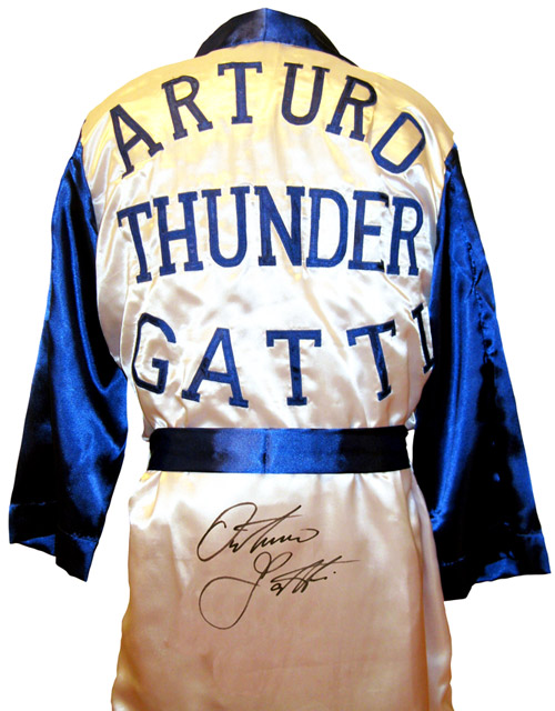 Arturo Gatti Signed Boxing Robe